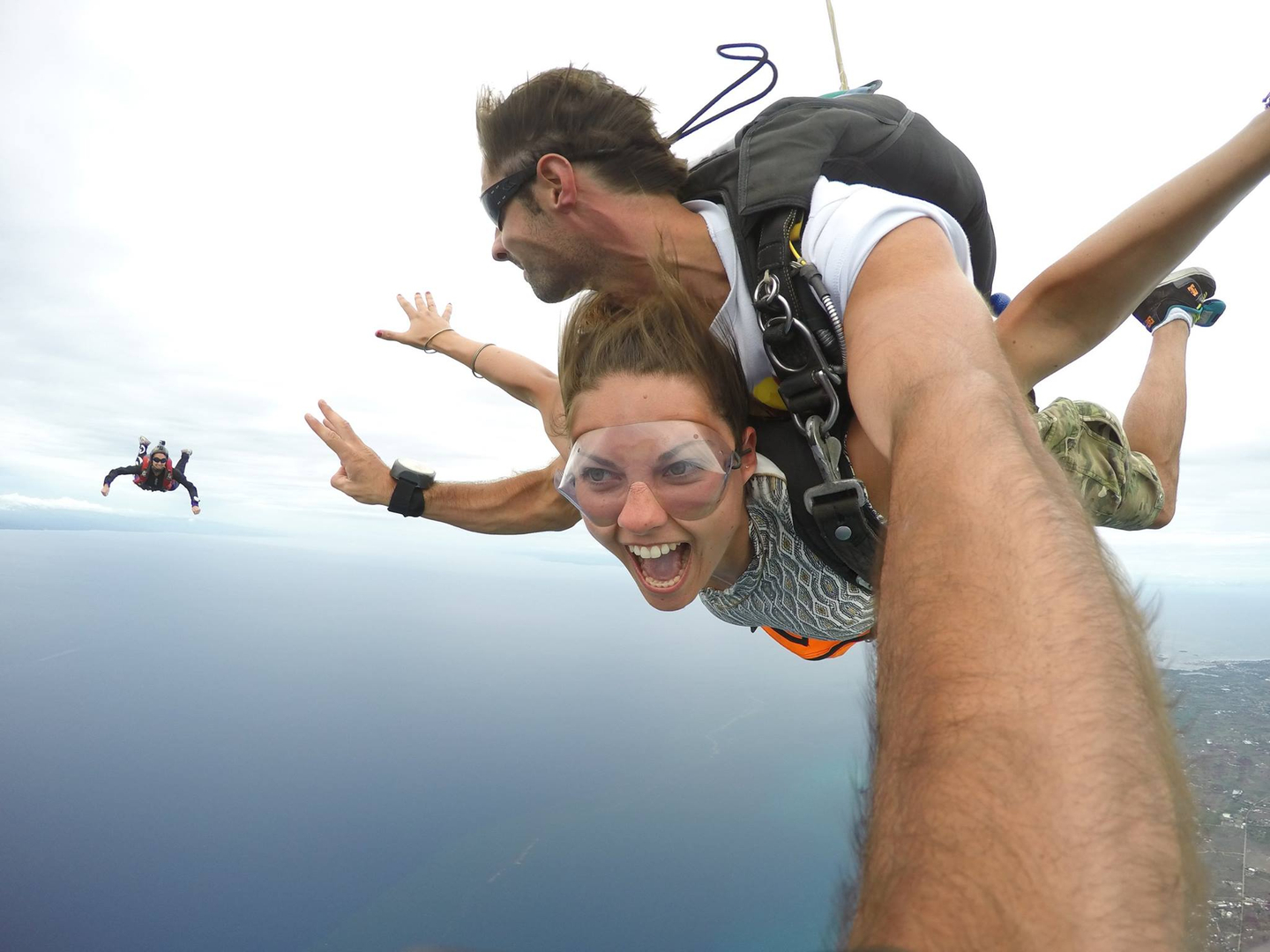 BOOK YOUR TANDEM SKYDIVE in the PHILIPPINES!